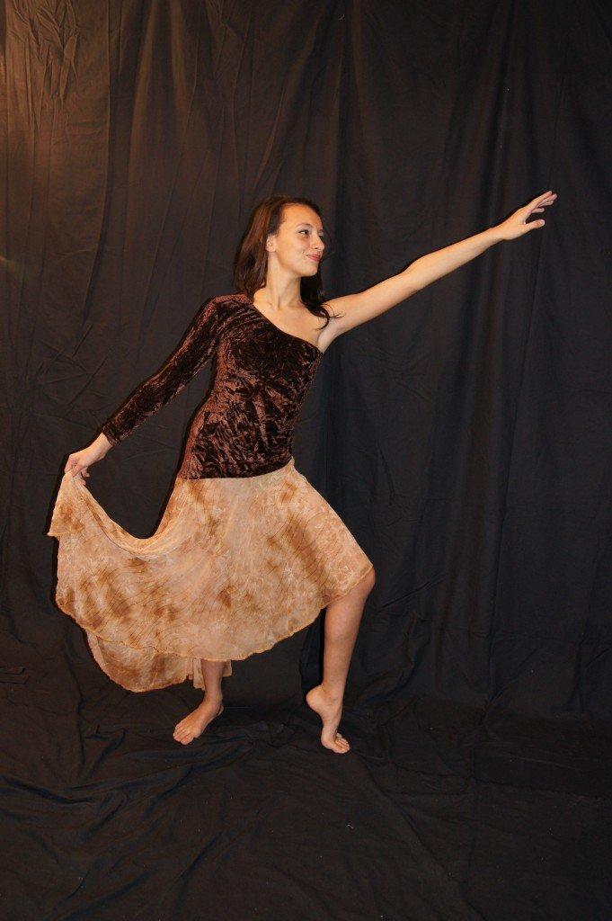 7 robes velours marrons et voile asymétrique t 34/36/38/40